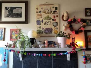 eclectic mantle