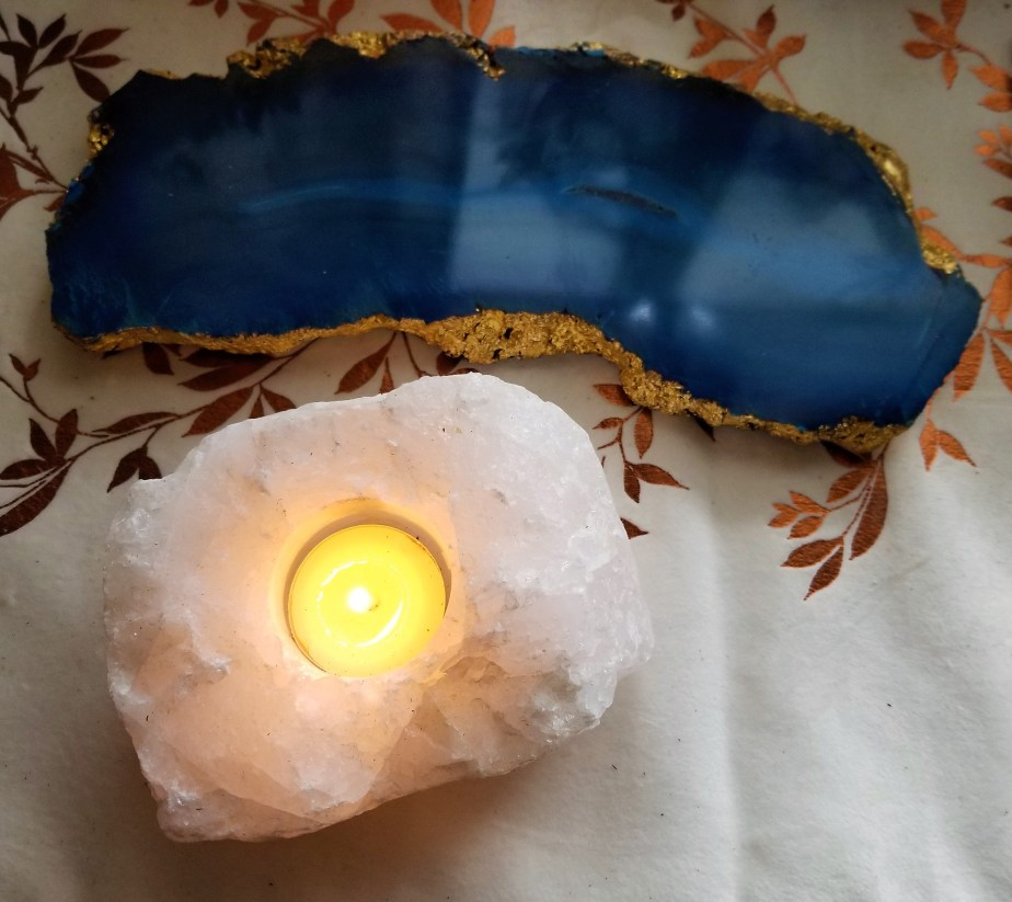 dyed agate cheeseboard and quartz candleholder