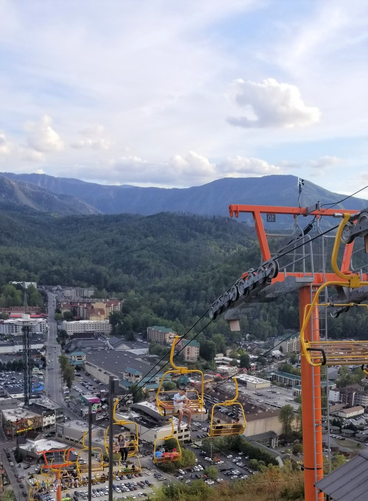 skylift to the skybridge in gatlinburg, tn