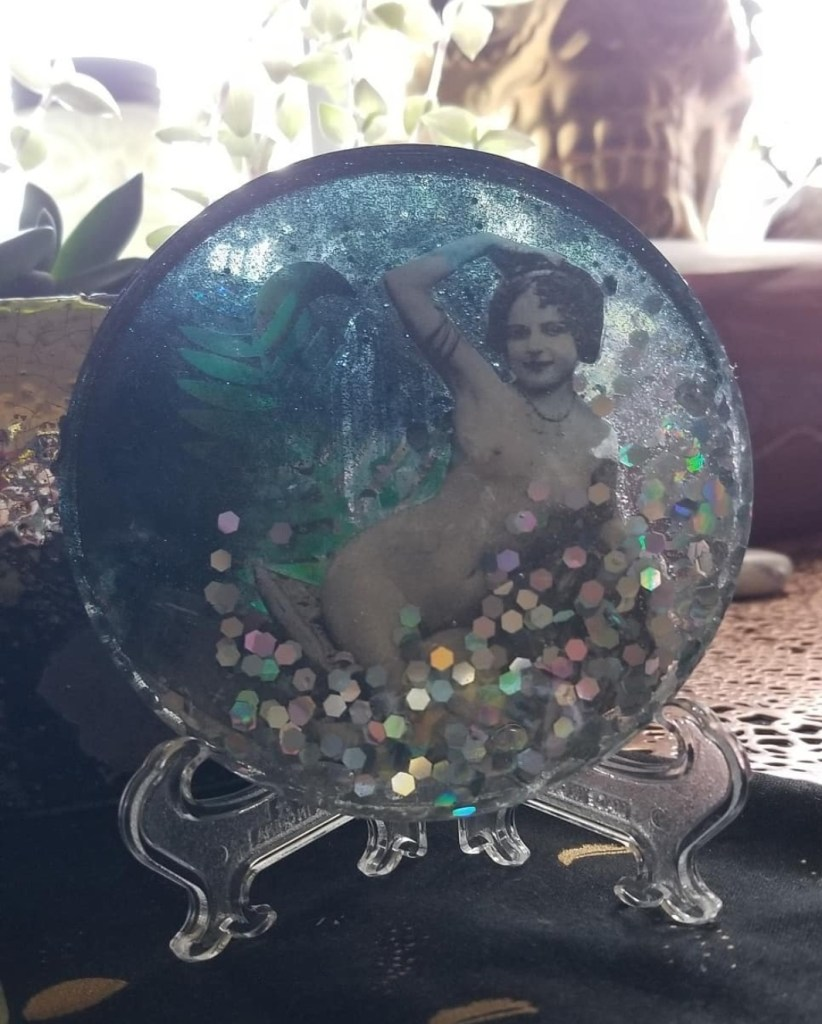 resin art of nude woman