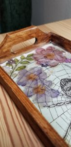 wooden tray with resin