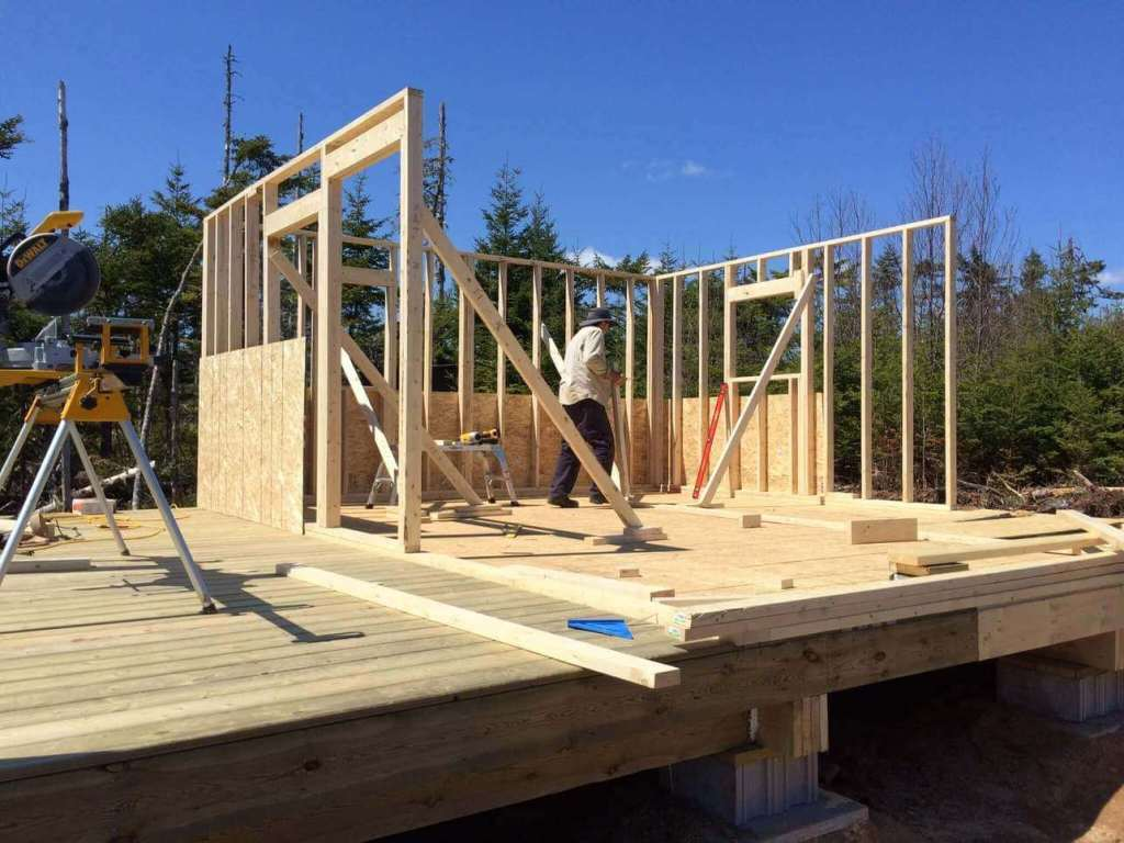 Framing-the-Off-grid-Cabin-Third-Wall-3