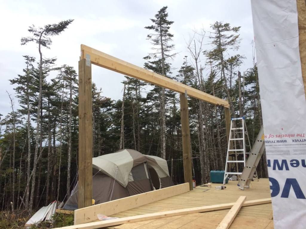 The-Off-Grid-Cabin-Front-Deck-Roof-Support-BeamThe-Off-Grid-Cabin-Front-Deck-Roof-Support-Beam