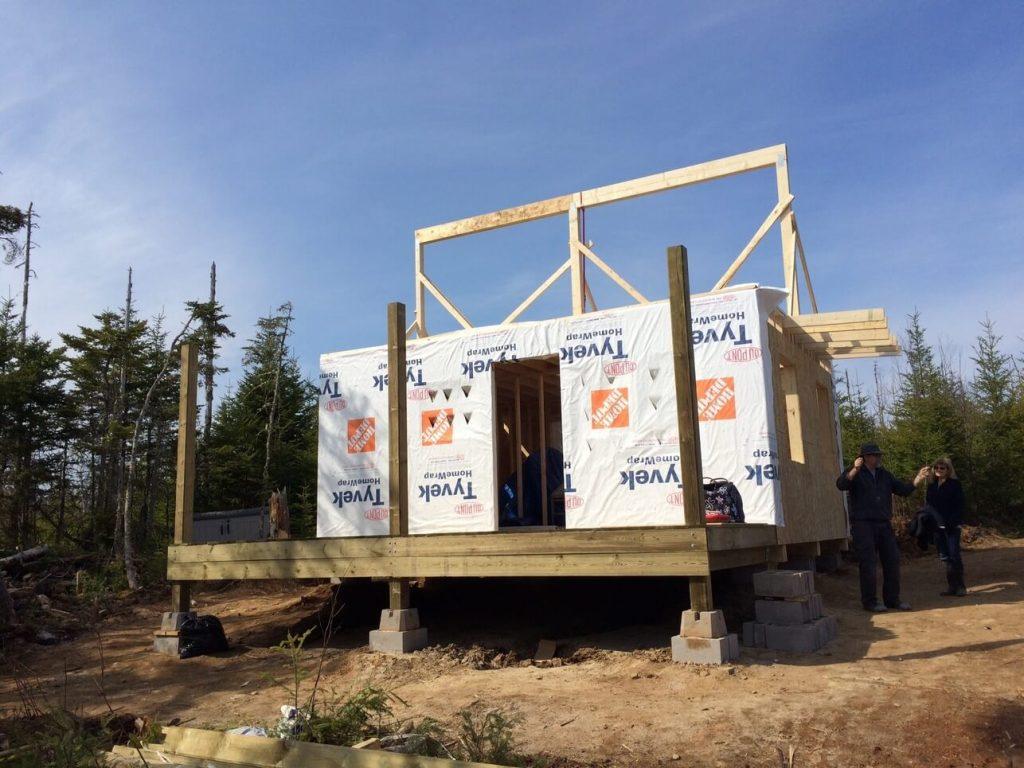 The-Off-Grid-Cabin-Roof-Ridge-Beam-5