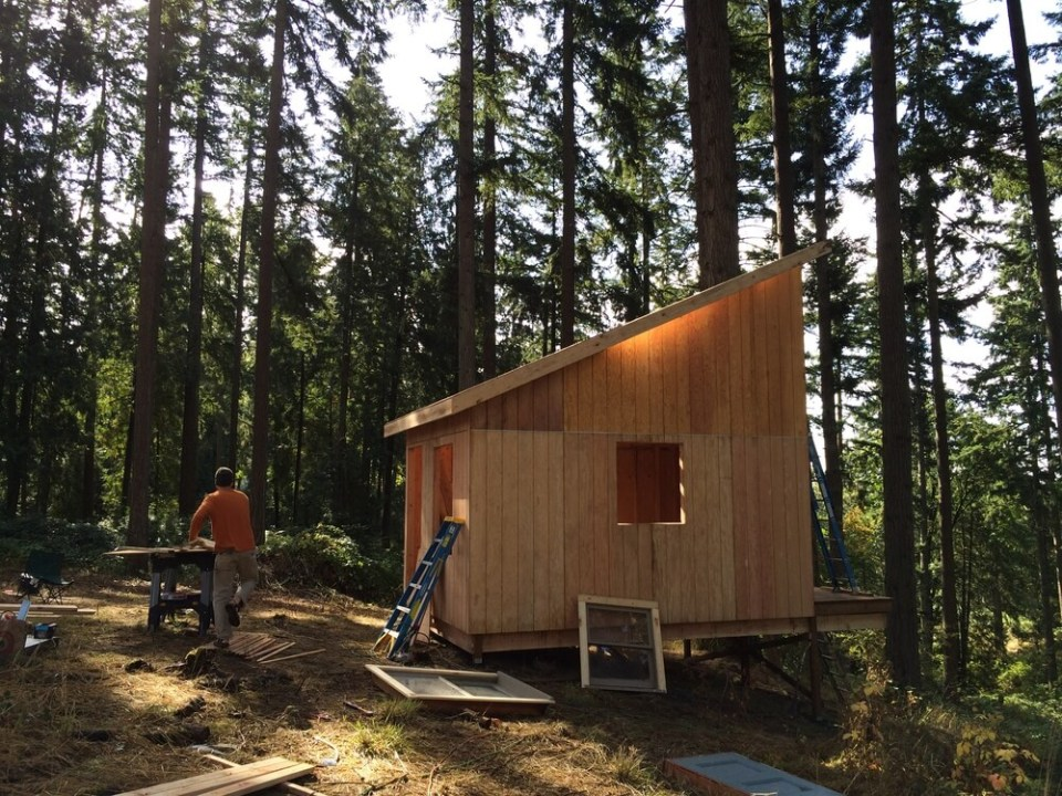 off grid cabin six day cabin day 5-2