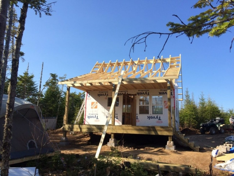 The-Off-Grid-Cabin-Roof-Ladders-Complete-Front