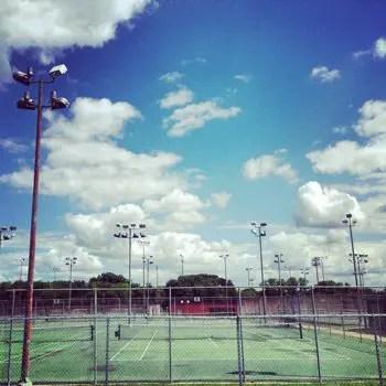 tennis-latestart
