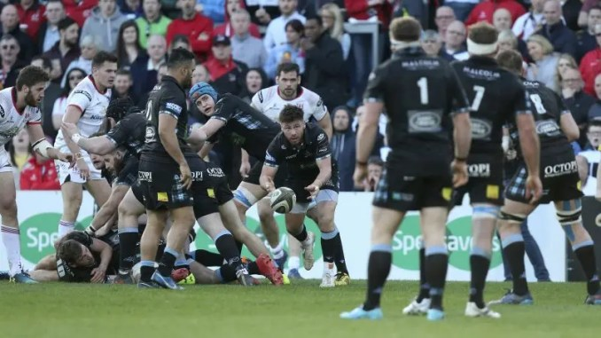 Ali Price in action against Ulster.