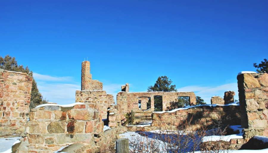 Hiking to castle ruins in Denver, CO