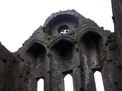 Rock of Cashel - the tilted rose