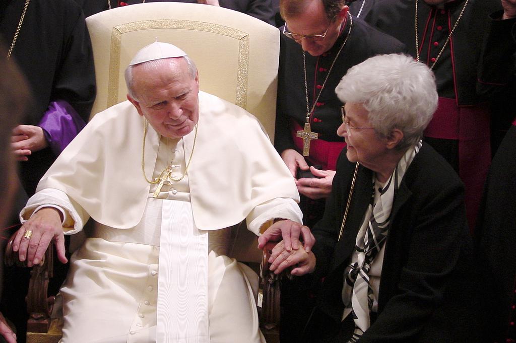 Chiara cu Papa Ioan Paul II