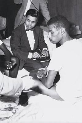 Kihachiro Onitsuka with Abebe Bikila at that fateful meeting.