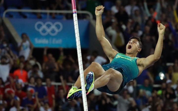 Thiago Braz da Silva and his winning vault