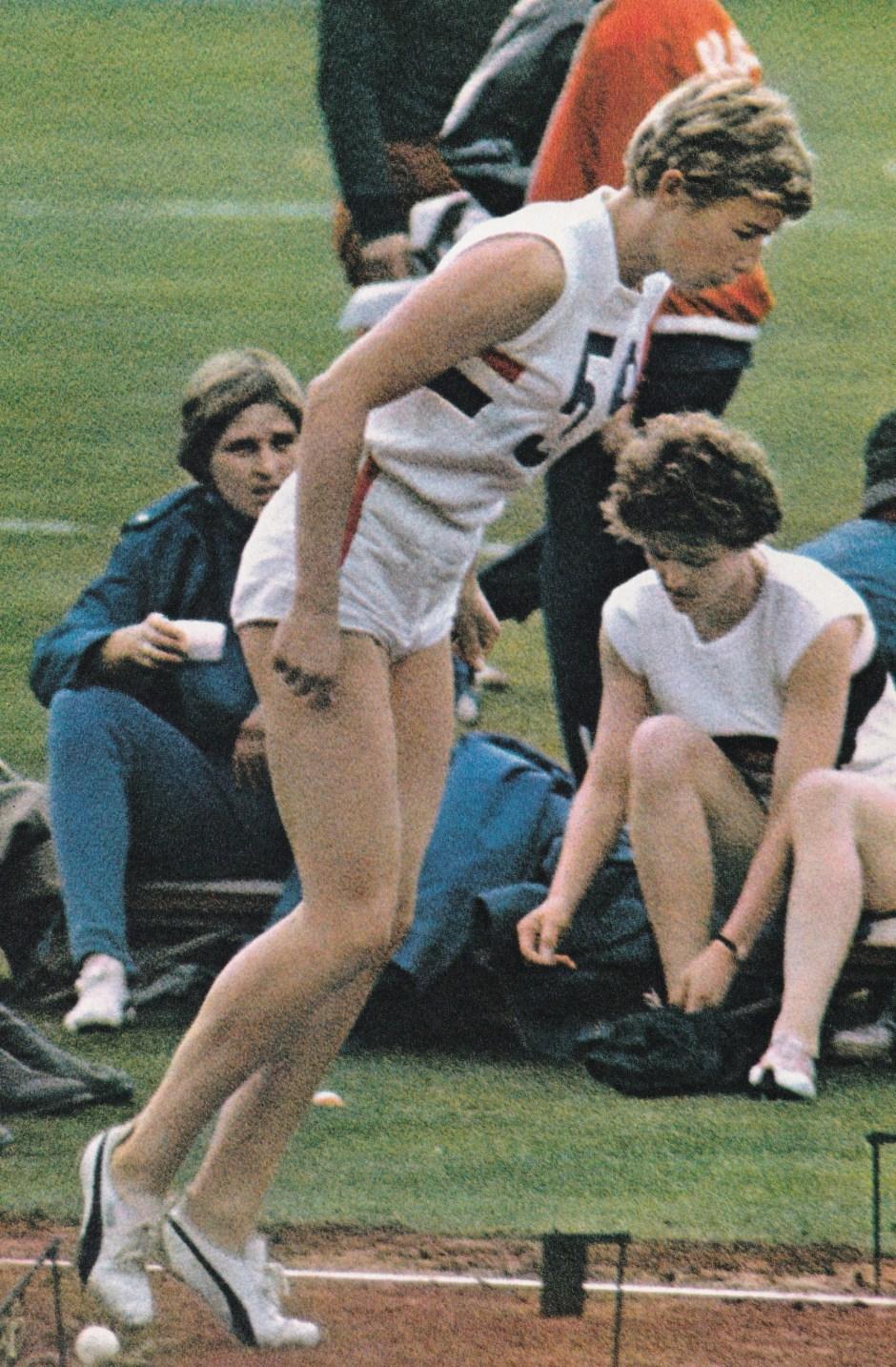 mary-rand-2_-xviii-olympiad-tokyo-1964-asahi-shimbun