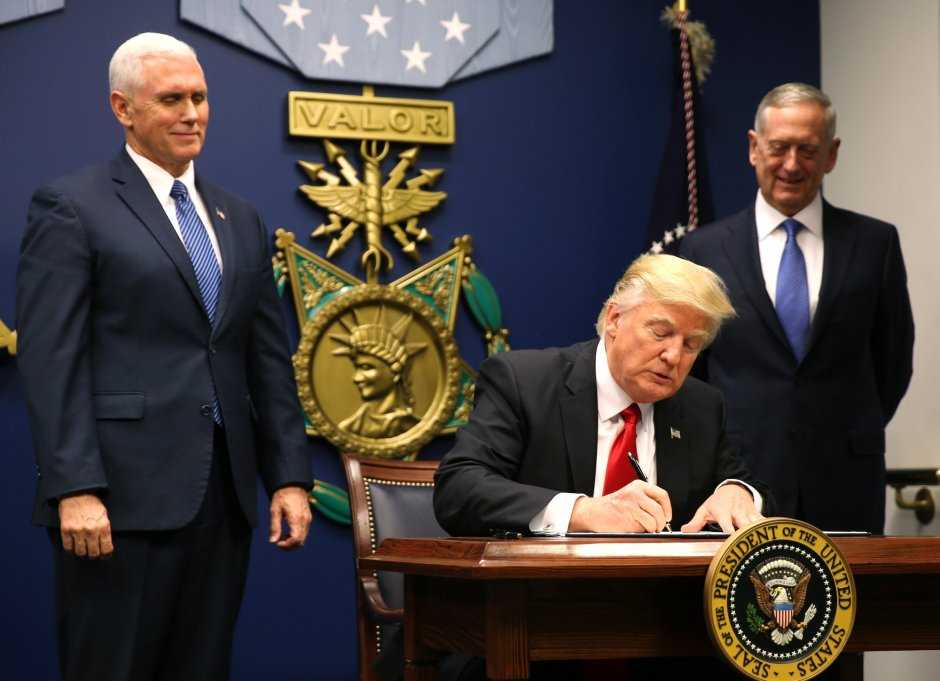 president-trump-signing-executive-order