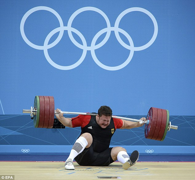 Weightlifting Bending under the weight