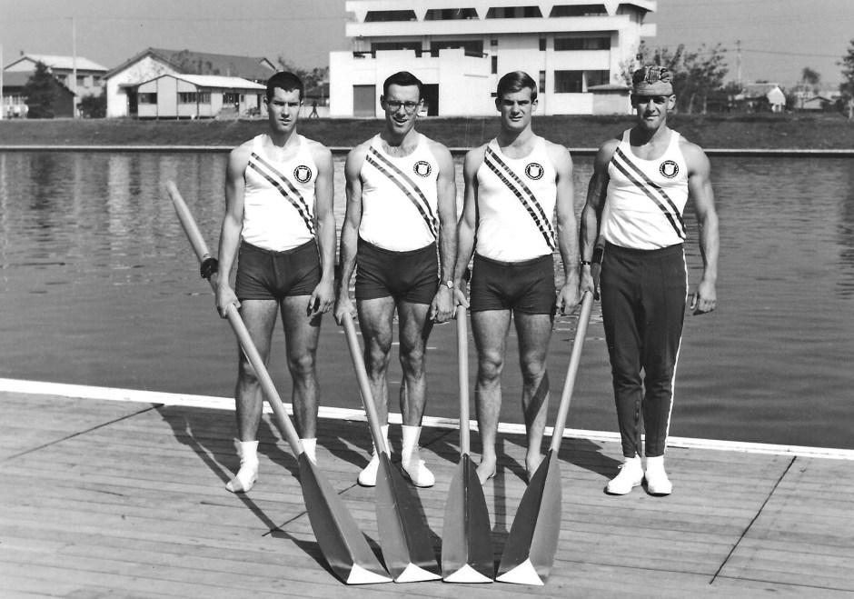 06c-1964 Tokyo medalists 001