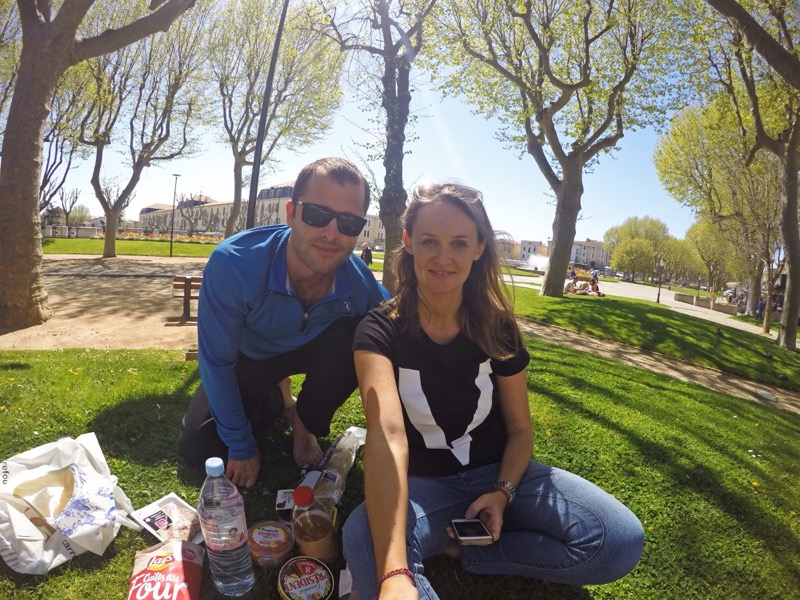 Piknik v centre Carcassonne