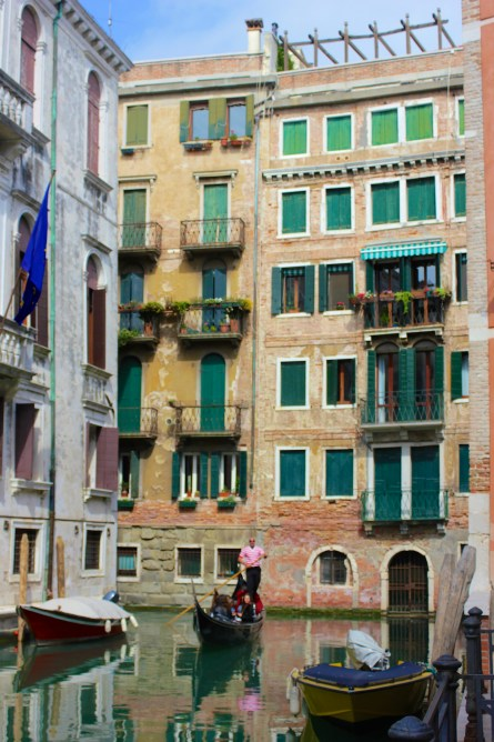 How_to_explore_Venice_on_a_backpacker_budget