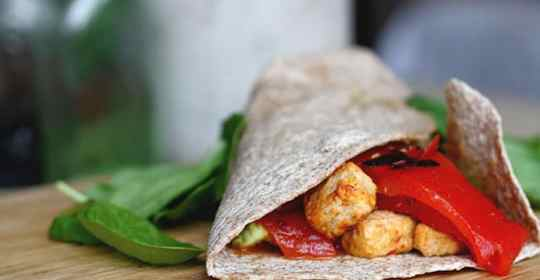 spicy quorn avocado wraps 1