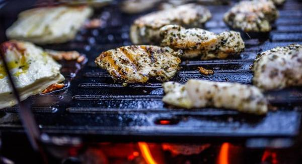 how to grill chicken on a gas grill