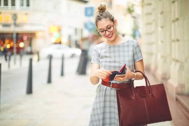 Handbags, wallets and purses