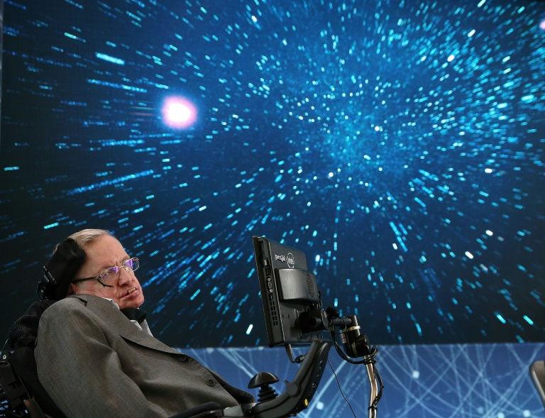 Stephen Hawking-1