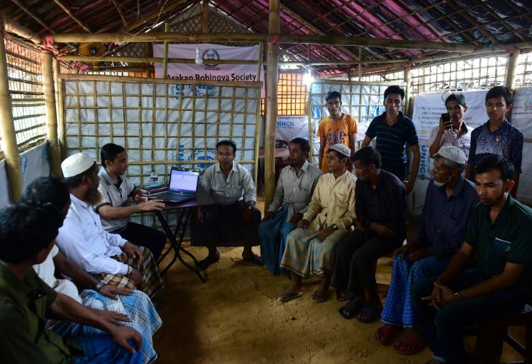 Rohingya volunteers-afp
