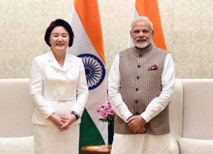 The Prime Minister, Shri Narendra Modi meeting the First Lady of the Republic of Korea, Mrs. Kim Jung-Sook, in New Delhi on November 05, 2018