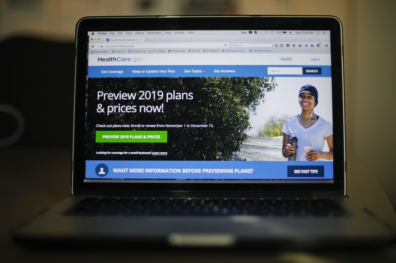 Health law sign-ups lagging as Saturday- AP