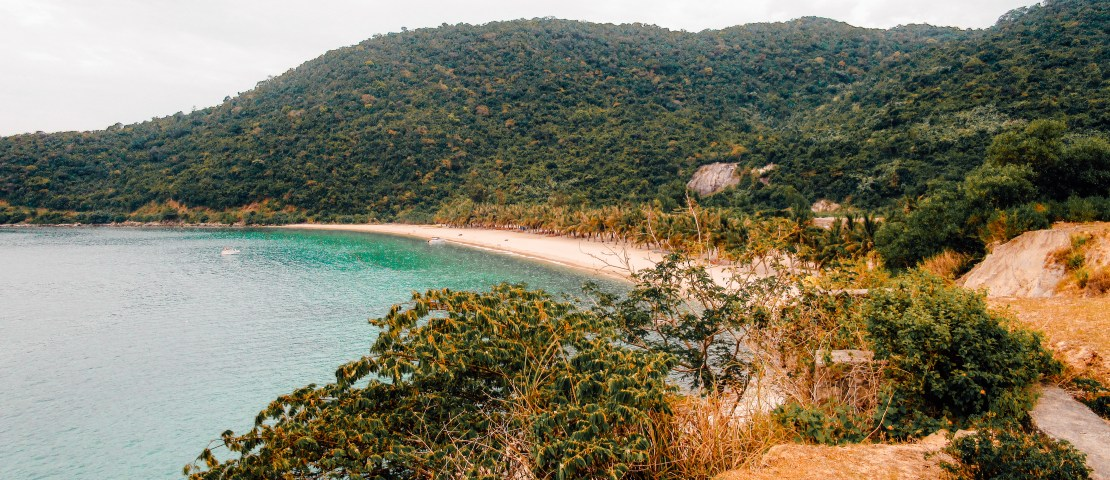 Visit the Cham Islands: diving and snorkeling in Vietnam