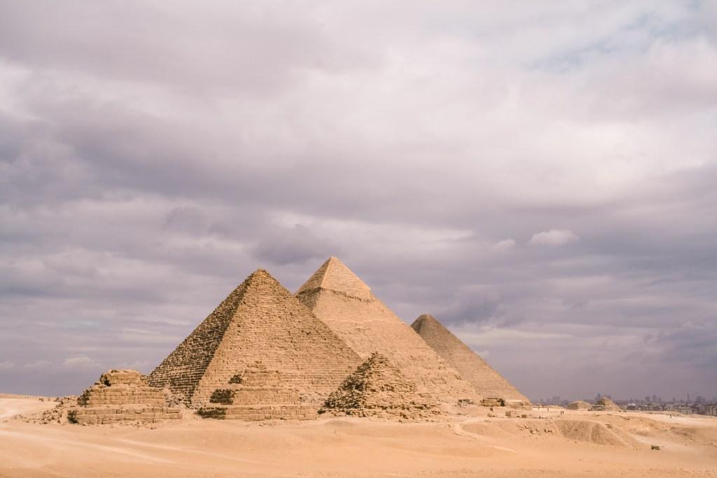 Cairo | Pyramids, Giza | Piramides, Gizeh | Egypt | Egypte | The Orange Backpack