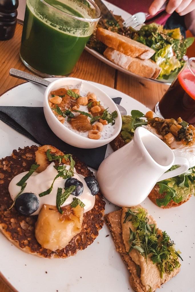 Hotspot Bertmans | Breakfast in Rotterdam | vegetarian & vegan | The Orange Backpack