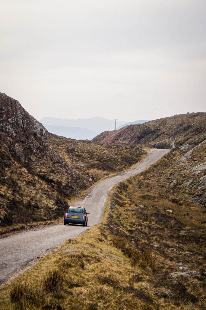 Europe Road Trip Scotland Road in de buurt van Torridon 3 - Foto door Kathi Kamleitner, Watch Me See