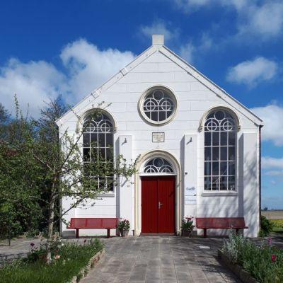 Bijzondere overnachtingen - witte kerk