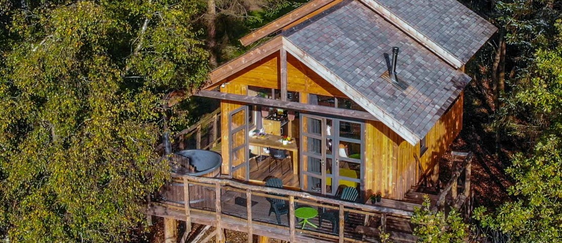 Boomhut met jacuzzi, hottub of sauna: 6 tips voor een romantische nachtje weg
