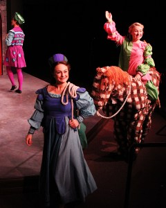 Kiss Me Kate - Lobby Photos 025