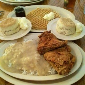 Roscoes-Chicken-and-Waffles-combo-300x298