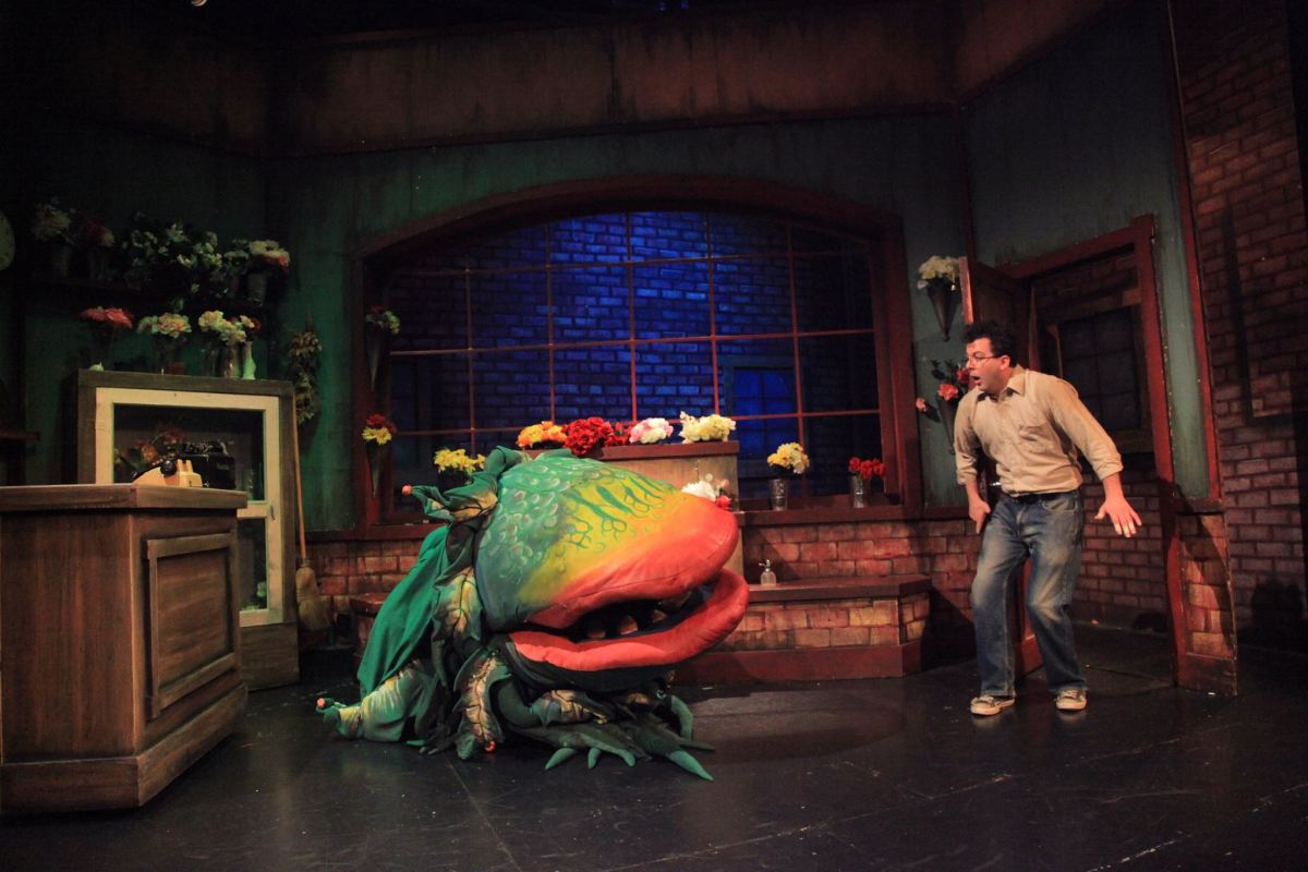 Beware the Plants :  Little Shop of Horrors @ The Maverick Theatre in Fullerton - Review