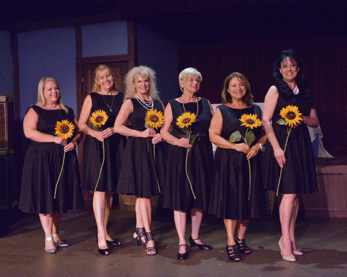 Calendar Girls @ Newport Theatre Arts Center - Review