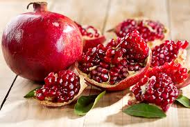 Pomegranate: Health Benefits and Polyphenols For Diabetics: