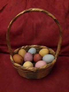 Make Your Own Easter Egg Dye Using Vegetable Scraps!