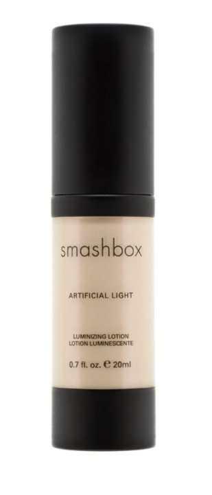 Artifical Light Luminizing Lotion in Flash von SMASHBOX, ca. 26€, nur bei Douglas