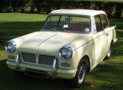 800px-Triumph_Herald_1200_1968