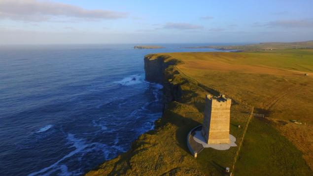 Kitchener Memorial to HMS Hampshire Photo James Robertson Orkney Sky Cam http://orkneyskycam.co.uk/