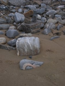 stripy stone Farr Beach B Bell