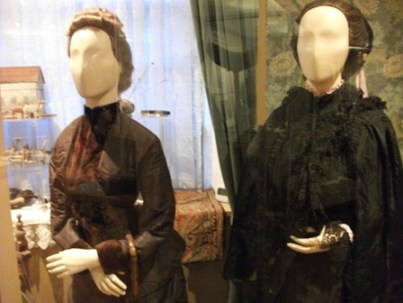 19th C dress Orkney museum