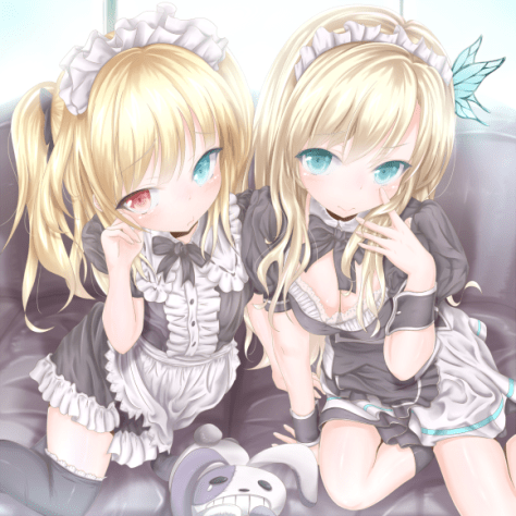 Two awesome blondes, one awesome loli