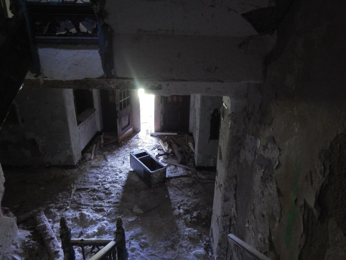 abandoned-psych-hospital-poughkeepsie