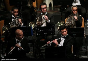 Azeri singer Qasimov performs in Iran with Tehran's Wind Orchestra 05